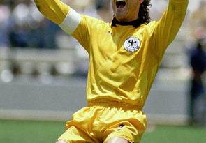 soccer-legend-harald-schumacher