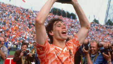 soccer-legends-marco-van-basten