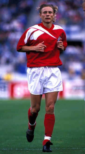 soccer-legends-valery-karpin