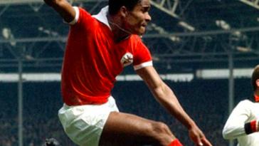 soccer-legends-Eusébio